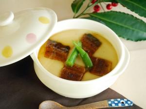 鰻の山芋スフレ
